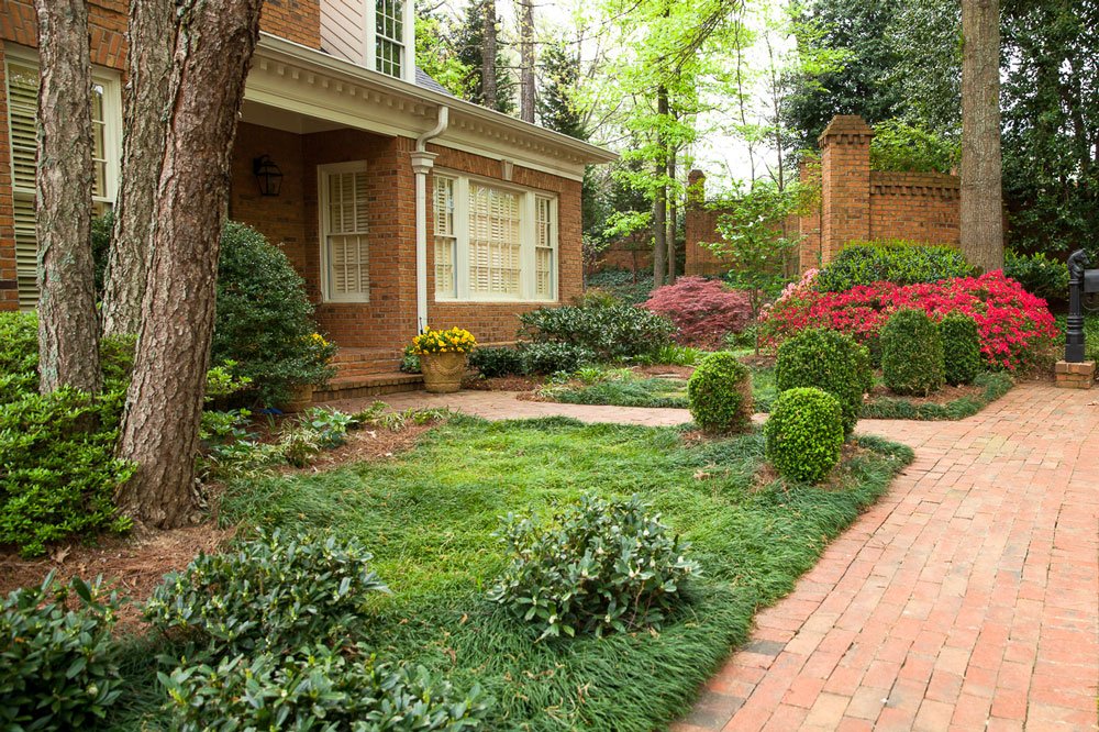 Brick House - Northway Landscaping